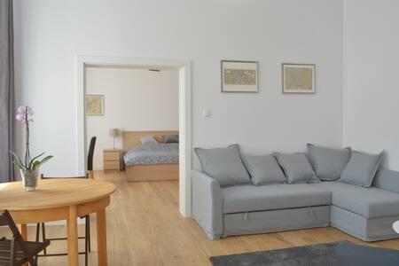 Appartamento nuovo con ogni confort, centro, 62 mq