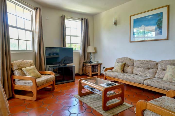 Two Bedroom Apt With Pool, Near Beach & UWI