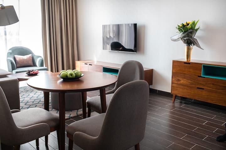 Stunning New 1 Bed Suite with Designer Interior 7