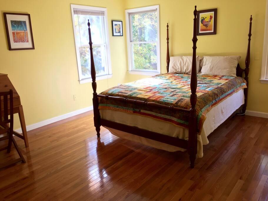 Room For Rent In Tega Cay Sc