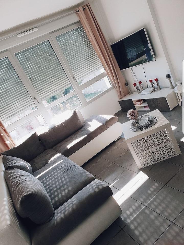 Appartement 96 m2 T4 dans Résidence.