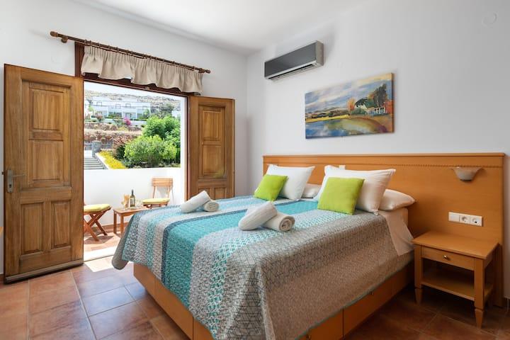 George's Villas, Krana, Lindos