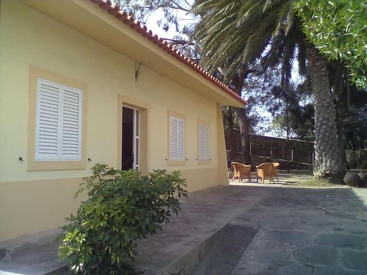 Porto Santo- Moradia 5 minutos(a pé) centro