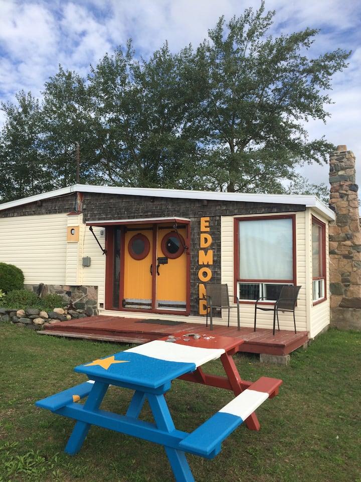Rustic beachfront cottage