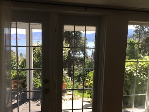 Stunning unobstructed views of Okanagan Lake