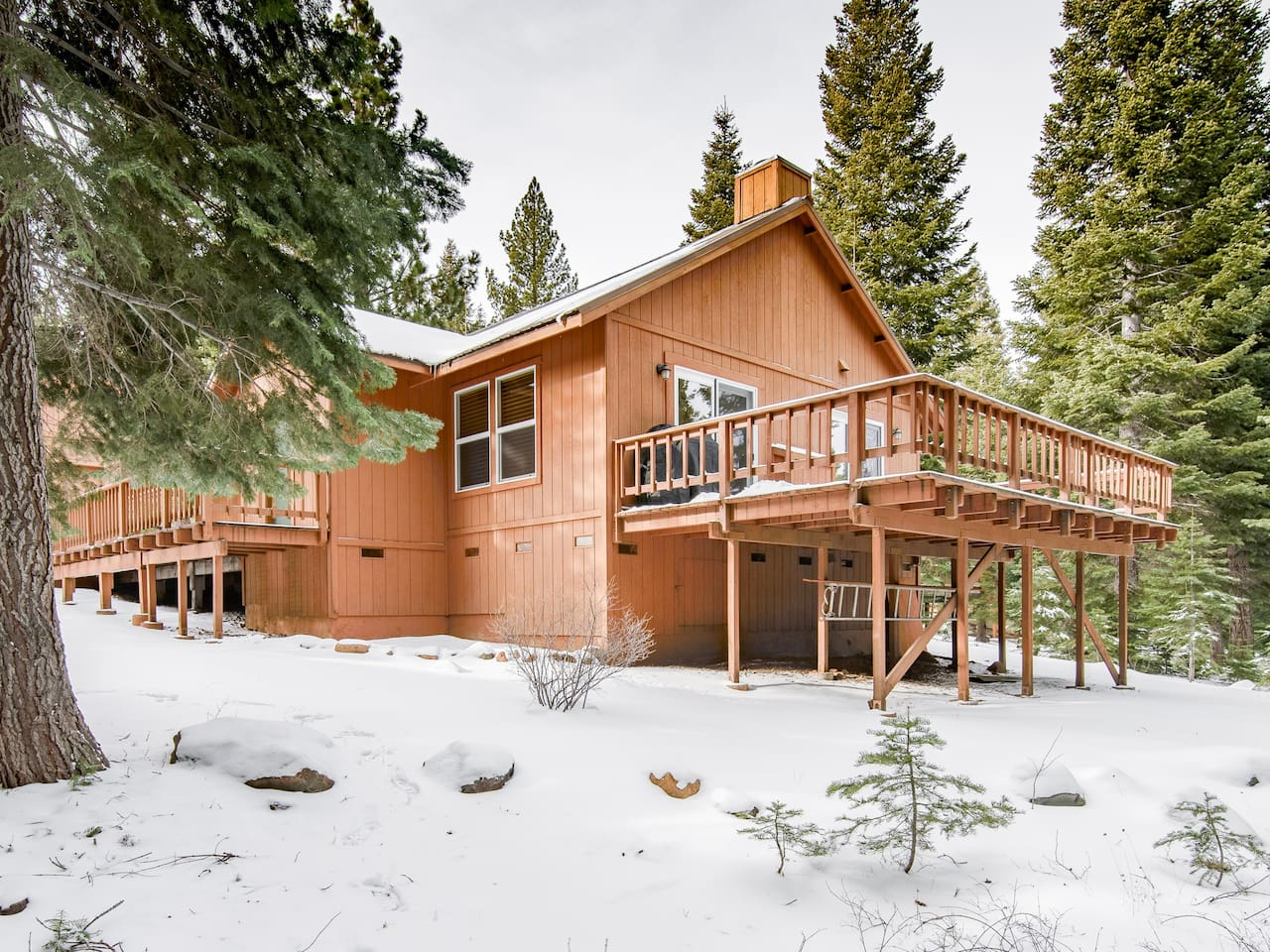Welcome to Truckee! This spacious home is professionally managed by TurnKey Vacation Rentals.Take in the pine-fresh air from the expansive deck.