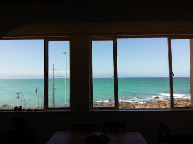 Surfers view in Muizenberg - Kaapstad - Appartement