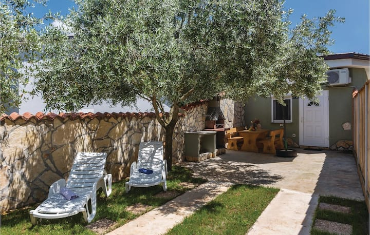 Beautiful home in Peroj with WiFi and 1 Bedrooms