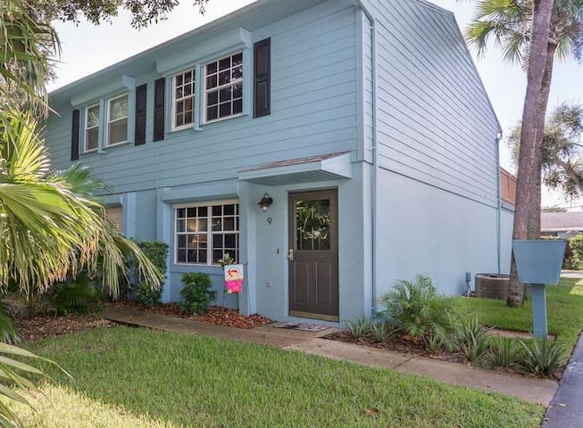 Seconds to Flagler Avenue, Walk to beach ~ Endless Summer Townhome - 101NP