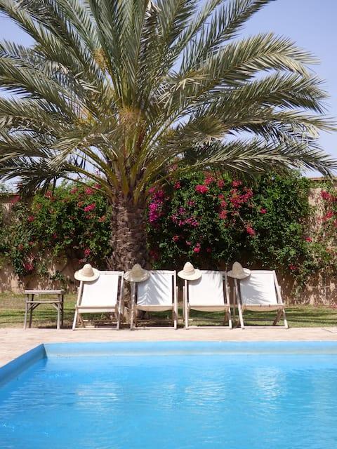 Edouiriya, belle maison avec piscine privée.
