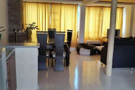 Alquiler casa amoblada Paipa - Apartamento