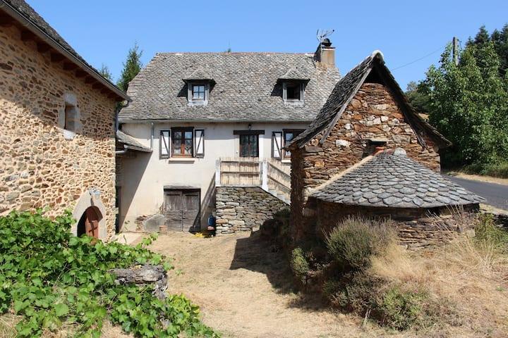 Le Fel: Maison rustique avec vue panoramique