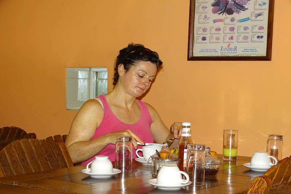 Breakfast | Jambo Guest House