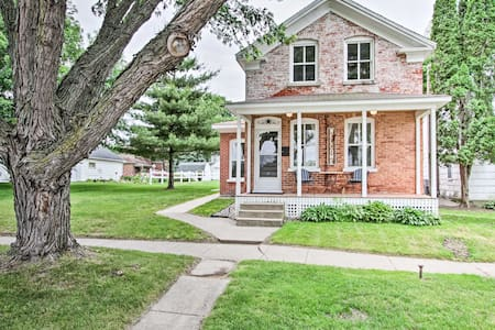 Historic Wabasha Home w/ Patio, in Downtown!