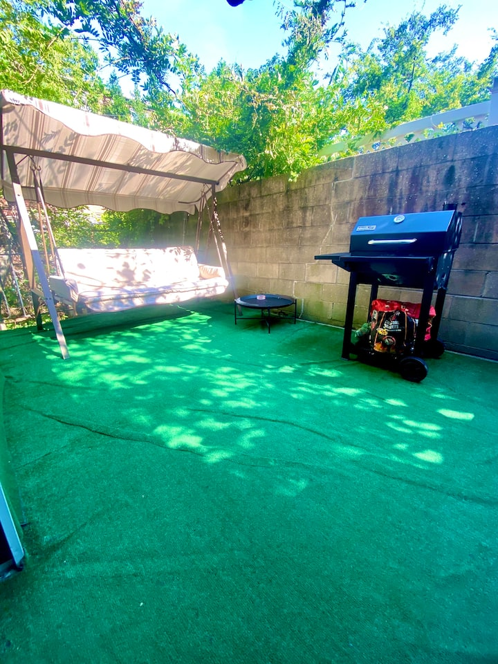 Perfect Place With Private Backyard In Brooklyn