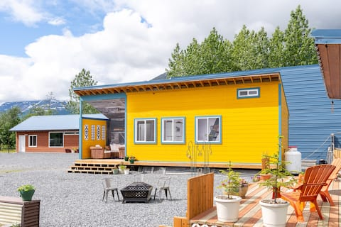 Stay & Play in Valdez. Loft House for rent.
