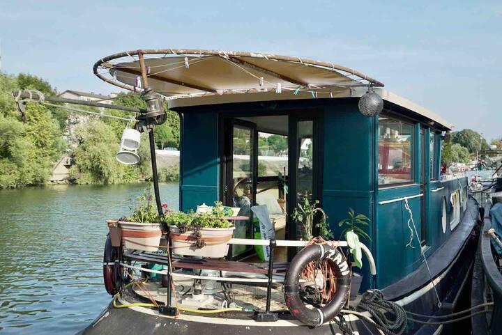 Péniche Panoramique et Ecologique sur la Seine