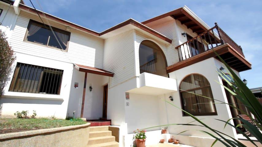 Casa de Familia Viña del Mar