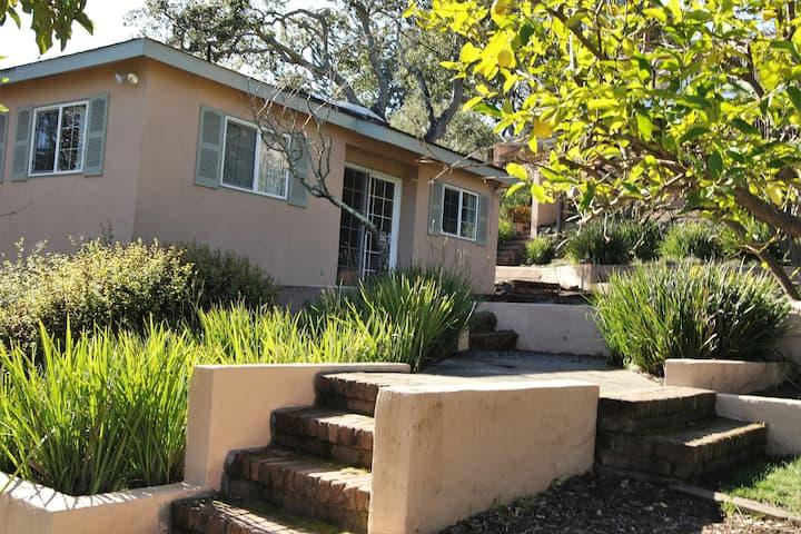 Private Garden Cottage in Belmont Hills