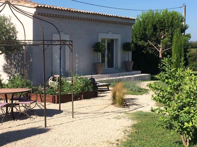 Estudio-Baño con ducha-Dépendance Les Vignes