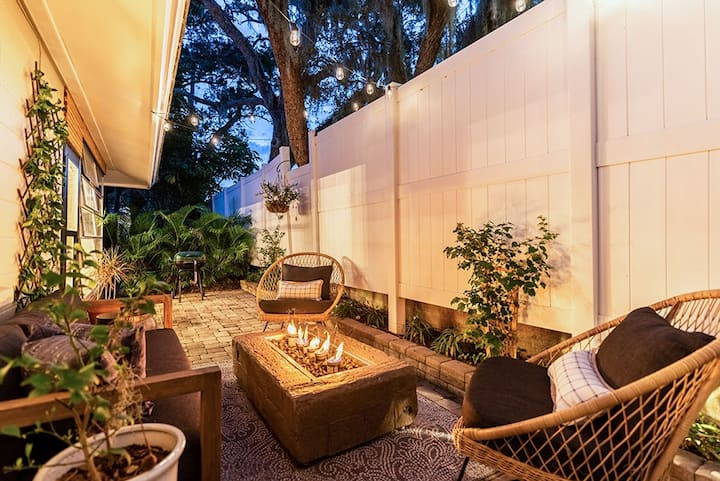 Casa Covella: The Designer Siesta Beach Villa