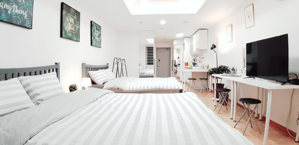 Hoon's House-Hotel style 2Q size beds 4people