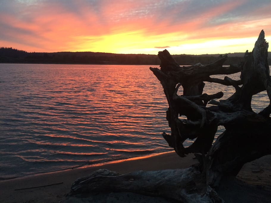 Columbia River get away  - sunrise or sunset is always beautiful!   Manicured park and beach next to where boat moored.