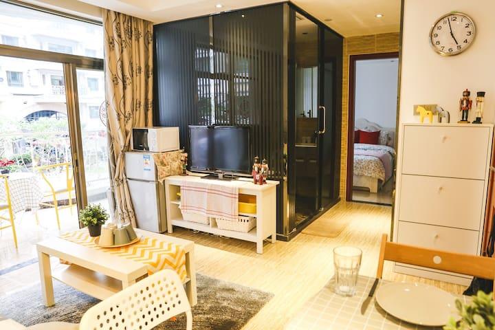 【胡桃夹子2号阳光花园房】·北京路便利高级公寓