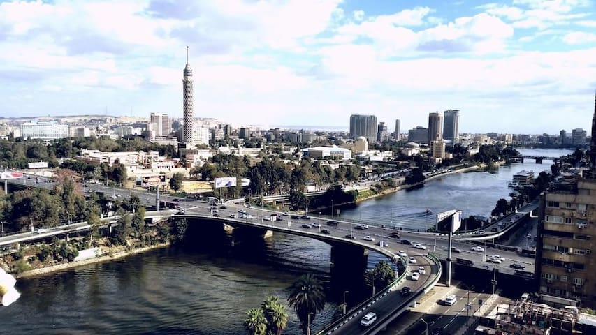 Appt. over looking the nile in heart of cairo.