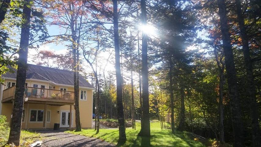Private Lakefront 2 Bedroom - Mount Uniacke - Casa