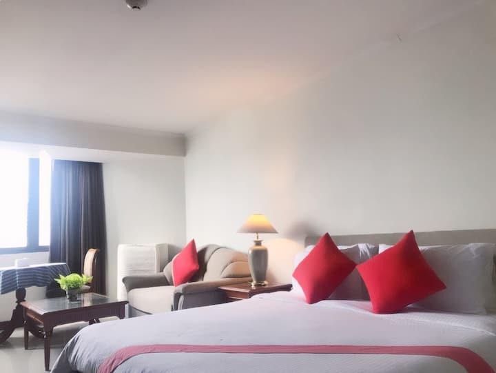 Omni tower cozy apartment soi 4,monthly 50% discou