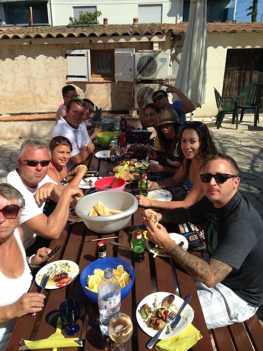 2016 Eating al Fresco