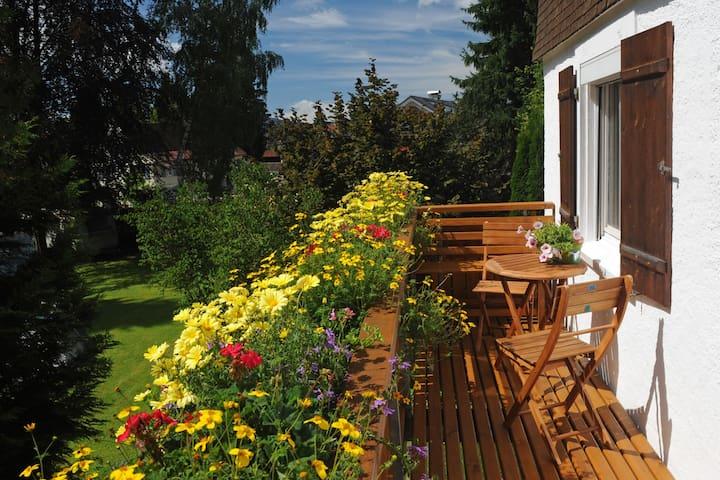 Zentrale Ferienwohnung im Ort Weiler - Weiler-Simmerberg