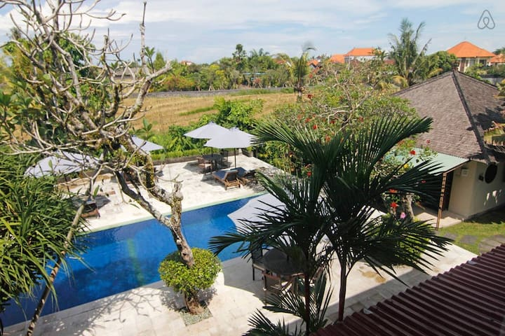 Rice Field View Villa in the Heart of Canggu