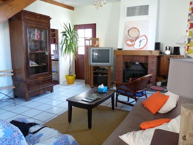 La Maison Gauguin - Bonny-sur-Loire - Casa