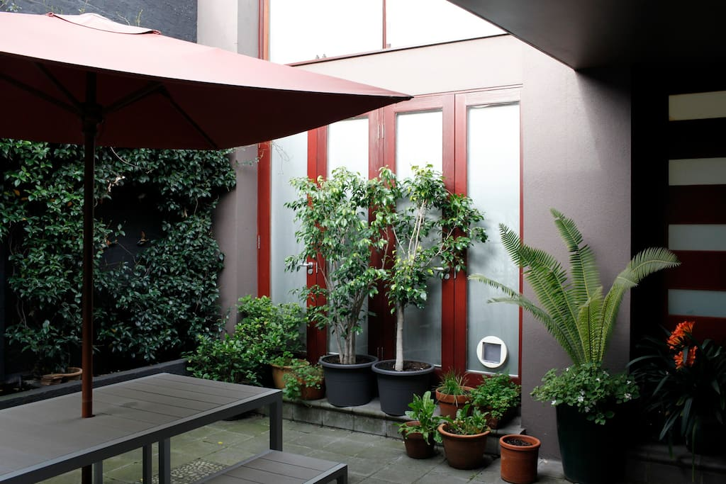 Courtyard with BBQ and eating area