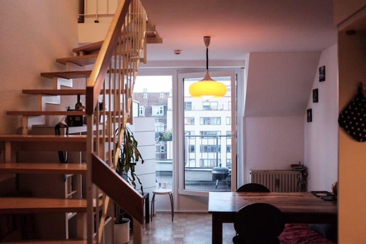 Schöne Maisonette-Wohnung im Belgischen Viertel - Colonia - Apartamento