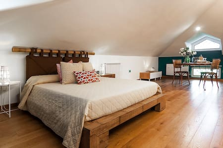 Sitry's Deluxe room in Villa Rosa
