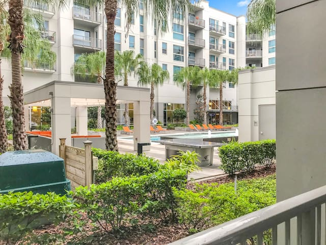 Wow! Amazing Luxury Apartment in Downtown Orlando!