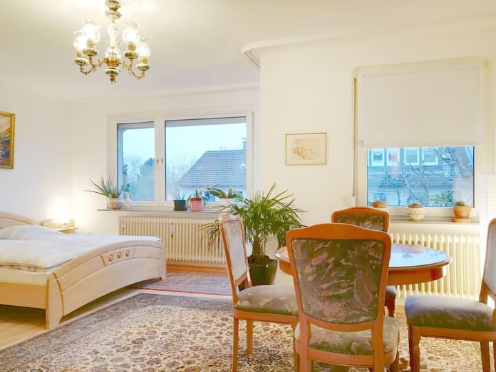 Zimmer 28 m² mit Balkon - Nähe Bhf KS Harleshausen