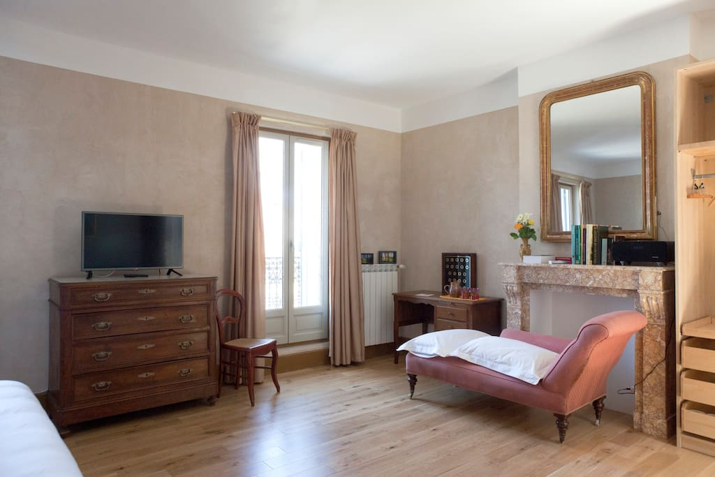 la casa occitane chambre argile chambres d 39 h tes louer marseillan languedoc roussillon. Black Bedroom Furniture Sets. Home Design Ideas