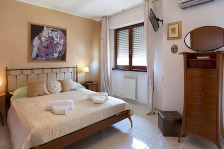 Alghero-Fertilia Summer apartment by the sea