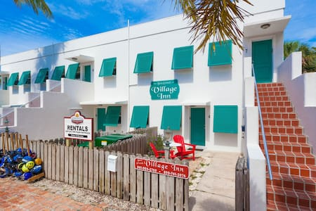 Historic Boca Grande: 2 Bedroom Flat:#6 Special Rt