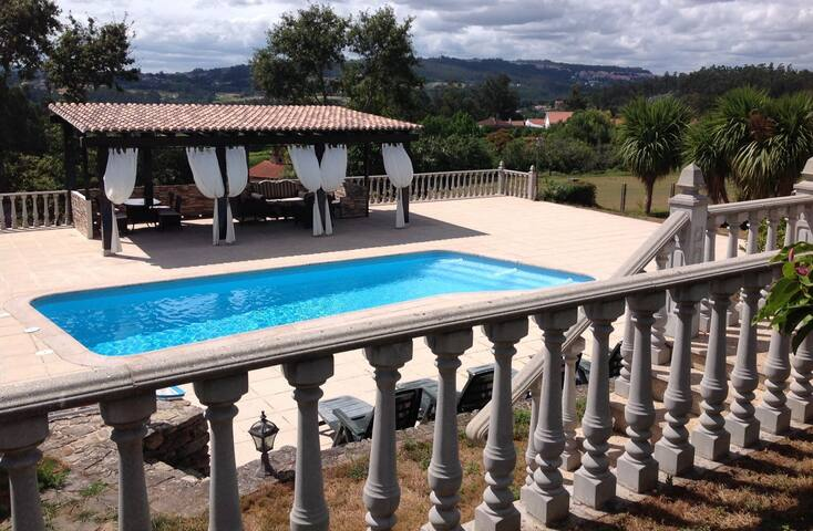 Vive Santiago de Compostela en plena naturaleza - Vedra - Casa