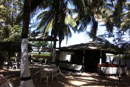 Tendato Coconut Lodge, Gambia W.A - Bed & Breakfast