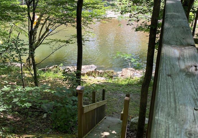 River Rock*Adorable*Private River Access*Wifi*Fish