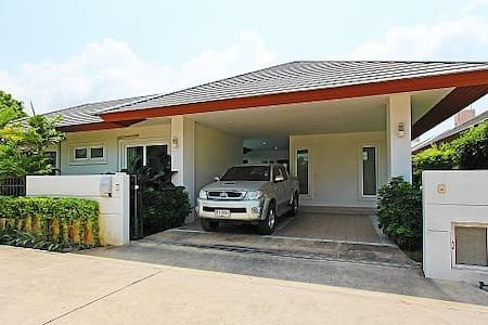 Rossawan Pool Villa - 3 Bed - 3BR Condo #28891242 - Pattaya