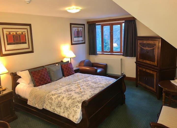 Double Bedroom B&B, The Ravenswood