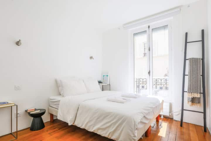BEAUTIFUL APARTMENT CLOSE TO THE SACRE COEUR