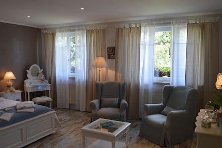 Côté Vignes, Chambre d'Hôtes Alsace - Marlenheim - Bed & Breakfast
